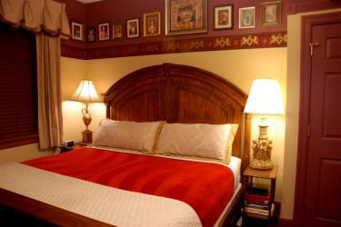 British Empire - Terra Nova House Bed and Breakfast, Grove City, PA
