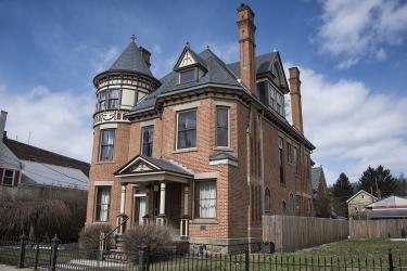 Gage Mansion in full view from out front