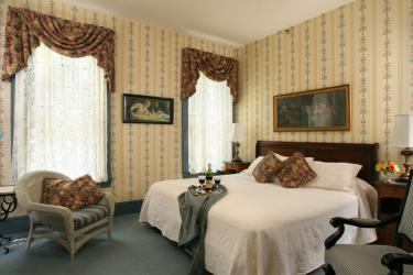 King bed Room 25